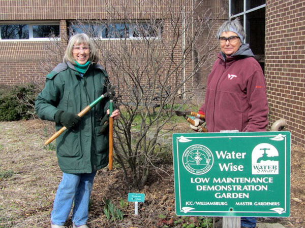 prining at the waterwise garden